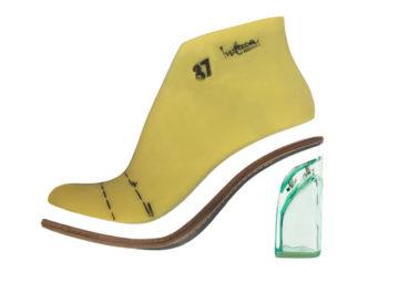 Entre las claves que debes tener en cuenta en el desarrollo de un proyecto de zapatos, merecen especial atención las HORMAS y SUELAS, pues son parte fundamental de la estructura del zapato.