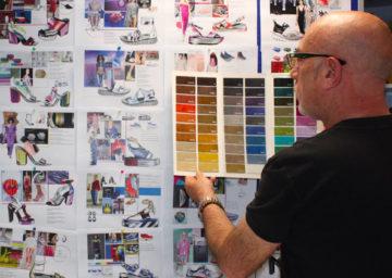 Búsqueda de Materiales. Una vez definido y concretado el proceso desde el inicio, idea—boceto—diseño—hormas— suelas, ahora estás en la fase de buscar los materiales necesarios y adecuados para desarrollar tus zapatos.